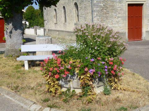 Gite Chez Jeannine à Fontaine Le centre du village